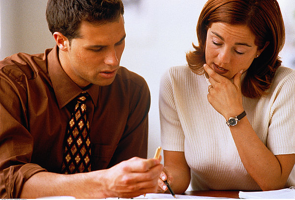 税务登记证有何作用?该如何进行办理?