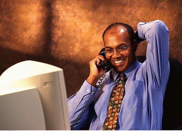 设立外资企业的申请书应当包括哪些内容?